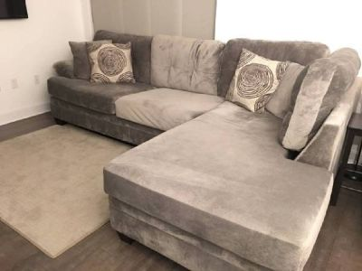 Gray Sectional with left-facing Chaise