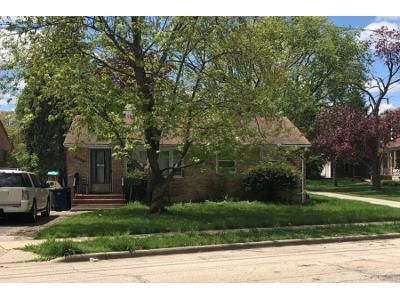 Preforeclosure Property in Elgin, IL 60123 - N Crystal St