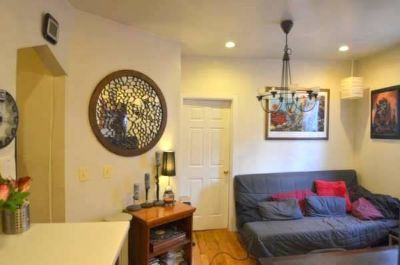 Big Fully Furnished Room in WillyB Apt w/ Roof Access - Close to Marcy JMZ trains & Bedford L