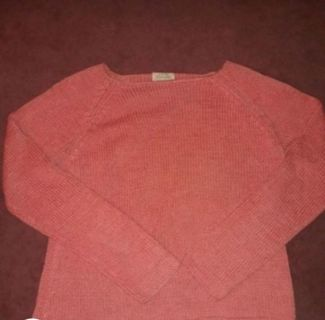 Coral pink knit sweater