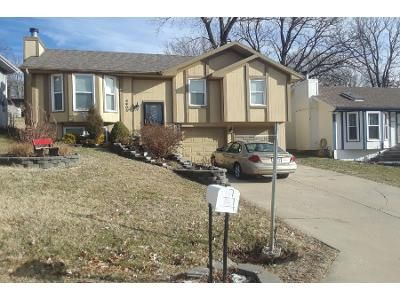 3 Bed 2 Bath Preforeclosure Property in Kansas City, MO 64119 - N White Ave