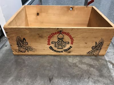 Wood crate. Dek/syc delivery