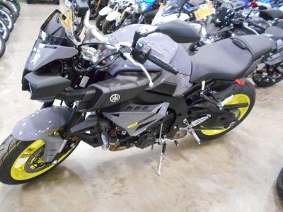 2017 Yamaha FZ-10 Sport Motorcycles Belvidere, IL