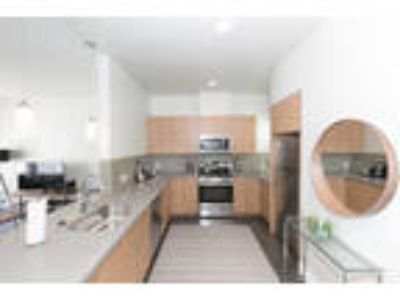 2097 MARKET Apartments - Two BR Two BA Furnished Apartment