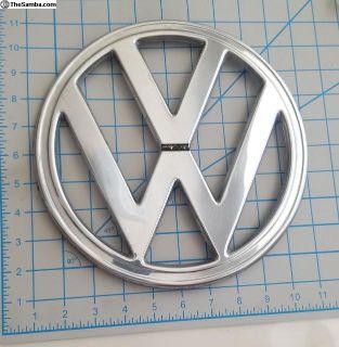 """VW VOLKSWAGEN BUS nose emblem? 4 prong 9 7/8"""""""
