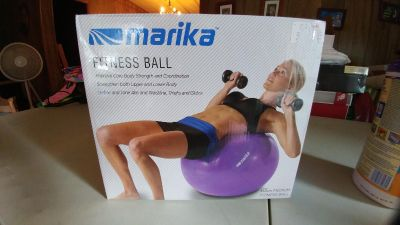 NIP - Fitness Ball & Pump - 65 cm - Bought on here, gave to my sister, never used.
