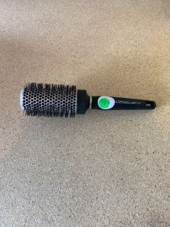 Paul Mitchell round brush