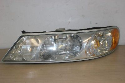 Purchase 98 99 00 01 02 1998 1999 2000 2002 LINCOLN CONTINENTAL LIGHT HEADLIGHT GENUINE L motorcycle in Burbank, California, US, for US $168.00
