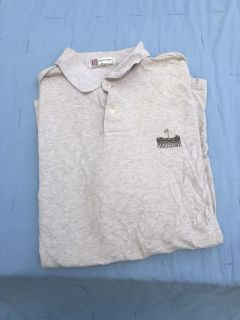 Men s short sleeve golf shirt size XL great condition ((MOVING SALE))