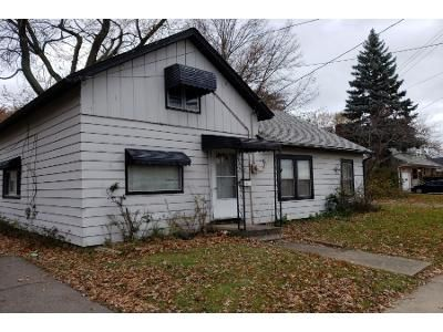 3 Bed 1.0 Bath Preforeclosure Property in Euclid, OH 44123 - Babbitt Rd