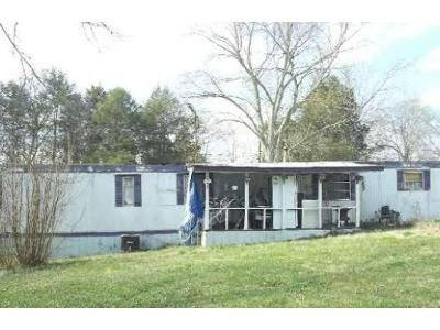 2 Bed 1 Bath Foreclosure Property in Bulls Gap, TN 37711 - Massengill Ave