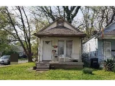 2 Bed 1 Bath Foreclosure Property in Louisville, KY 40215 - Seelbach Ave