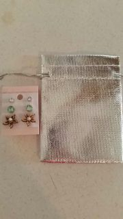 New 3 sets of earrings w/ gift pouch