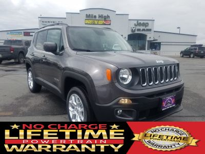2018 Jeep Renegade LATITUDE 4X4 (Granite Crystal)