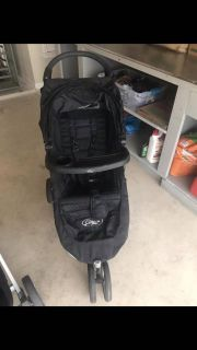 City Mini Stroller with drink carrier