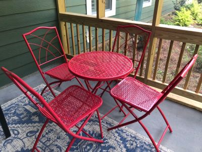 Red wrough Iron patio set !