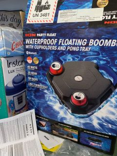 Ion floating boombox