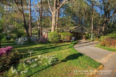 FURNISHED: Private Wheelchair Accessible 4 Bdrm, 2 BA Home - Near Airport & Close to Downtown ATL