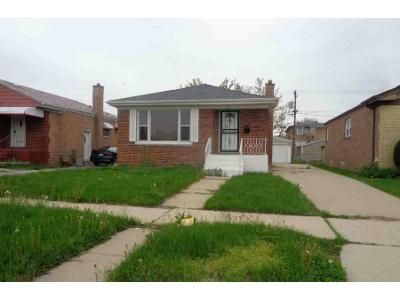 3 Bed 1 Bath Foreclosure Property in Calumet City, IL 60409 - Oglesby Ave