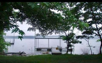 Lakehouse with Dock for rent on Lake Barkley