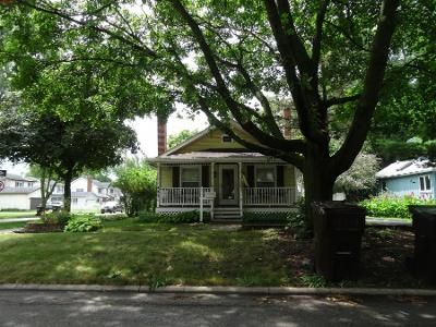 3 Bed 1.5 Bath Preforeclosure Property in Crystal Lake, IL 60014 - Eagle St