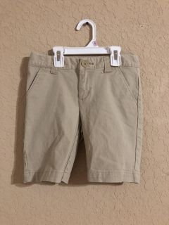 Cat & Jack Khaki Tan Shorts. Great for Everyday/ School Uniforms. Very Nice Condition- Size 6-7