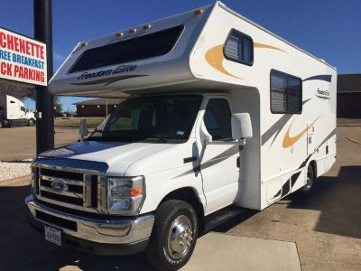 2011 Thor Motor Coach Freedom Elite 21C