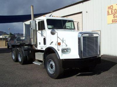 2002 Freightliner FLD 120 SD