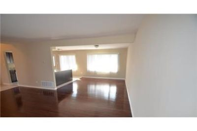 3 bedrooms Apartment - Freshly remodeled by Invitation Homes.