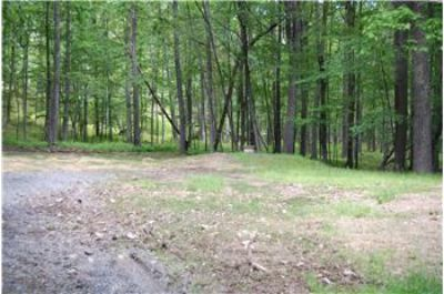 $15,000, 111 Lake View Circle - Ph. 570-226-4000