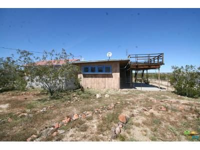1 Bed 1 Bath Foreclosure Property in Joshua Tree, CA 92252 - Aberdeen Dr