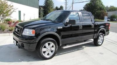 $2,950, ____ , _____ 2006 Ford F-150 LARIAT FX4 ---  SuperCrew 5.4l  V-8  --