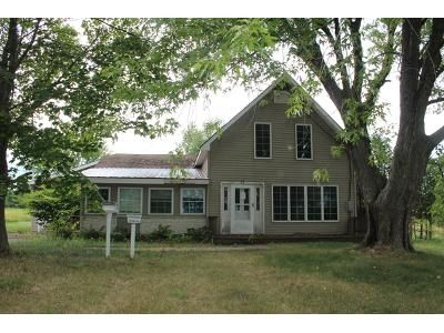4 Bed 2 Bath Foreclosure Property in Altona, NY 12910 - Vassar Rd