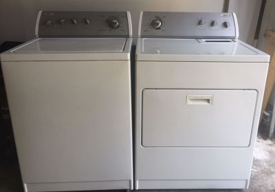 White Whirlpool Washer & Dryer