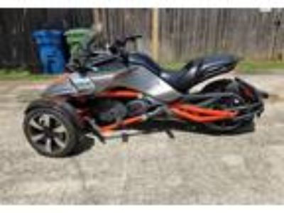 2015 Can-Am Spyder-RS Touring in The Colony, TX