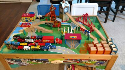 Train Table and Train Lot with 200+ pieces