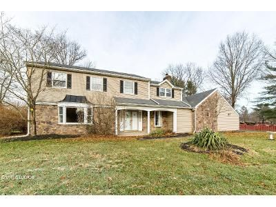 5 Bed 3 Bath Foreclosure Property in Washington Crossing, PA 18977 - Independence Pl