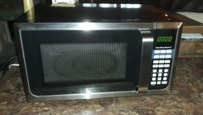 Hamilton Beach microwave only 4 months old