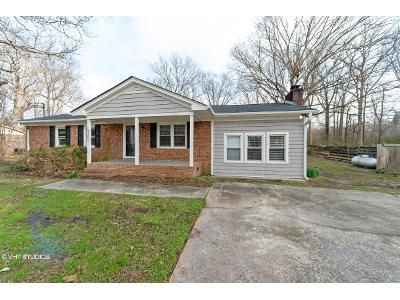3 Bed 2 Bath Foreclosure Property in Stokes, NC 27884 - Staton Mill Rd