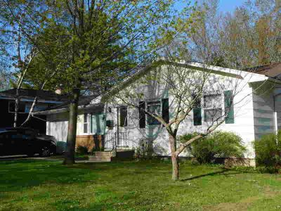 1137 S Park St Shawano Three BR, Nice ranch on southside with a
