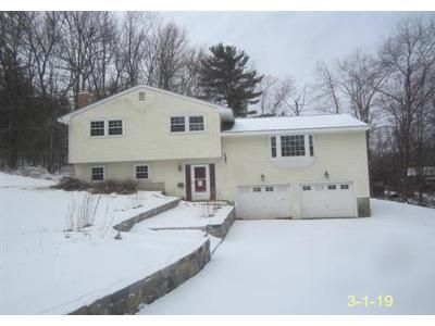 3 Bed 2 Bath Foreclosure Property in Woodbury, CT 06798 - Hurds Hill Rd