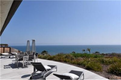 Fully furnished, contemporary Mediterranean w VIEW