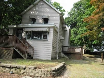 5 Bed 3 Bath Foreclosure Property in Pleasantville, NY 10570 - Elm St