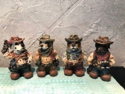 western themed figurines