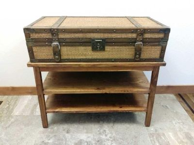 Chest with table