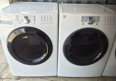 Kenmore Washer and Electric Dryer in White