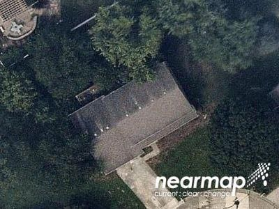 5 Bed 3 Bath Foreclosure Property in Belleville, IL 62220 - Hunters Gln