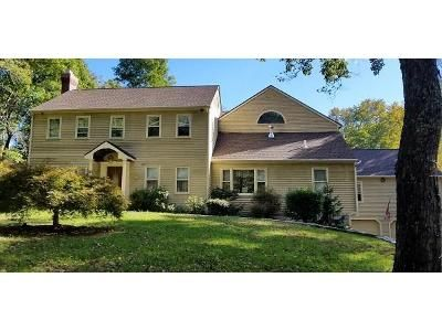 5 Bed 4 Bath Foreclosure Property in Newtown, CT 06470 - Echo Valley Rd
