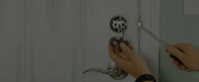 Get locksmith services from licensed locksmith Seattle