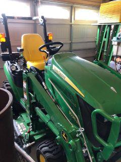 2017 John Deer 1025R Tractor w/implements